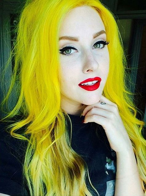 Cheveux Jaunes-Yellow Hair, le coloriste