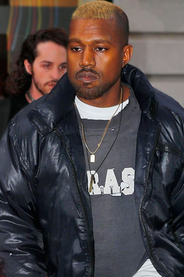 Kanye West avec une coloration blonde, le coloriste